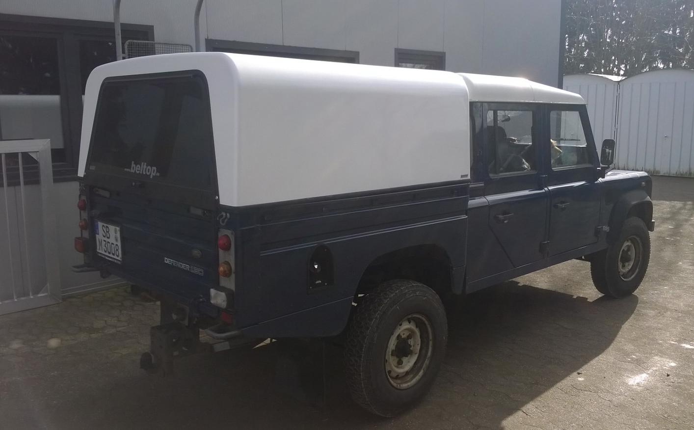 """Hardtop """"Beltop Classic"""" Land Rover 130 Doppelkabine"""